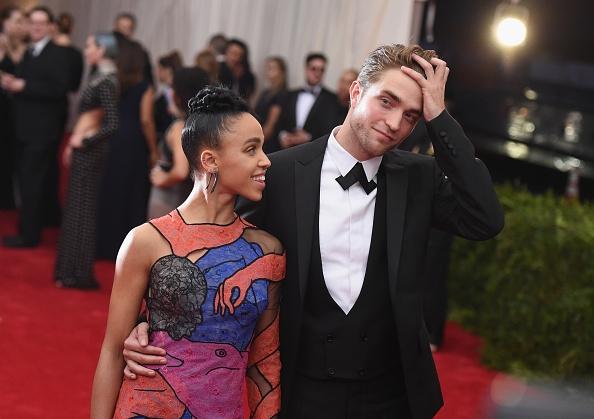 Kristen Stewart Tried To Avoid Robert Pattinson And FKA ...