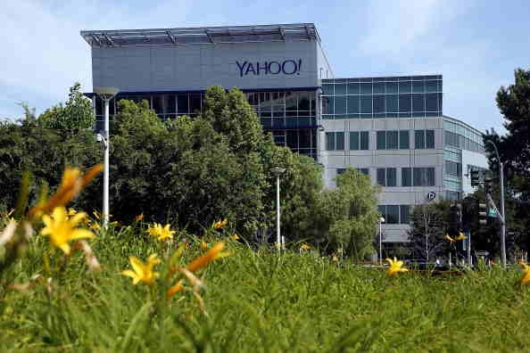 Yahoo Board Considering Sale of Internet Business, Spinning Off Stake in Alibaba, or Both