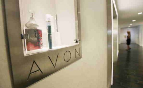 Avon Close to Selling its North American Business to Cerberus, Barington Warns Avon of the Deal