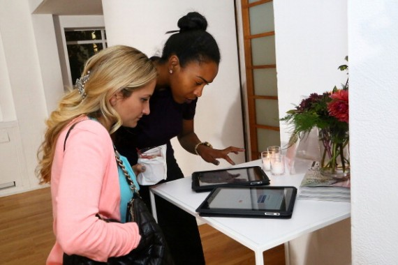 Downy's diverse guests log on to their Pinterest accounts at the Fall Fashion Event.
