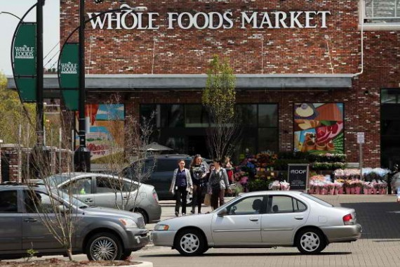 Whole Foods top executives apologized for mistakes that led to overcharging customers in New York stores.