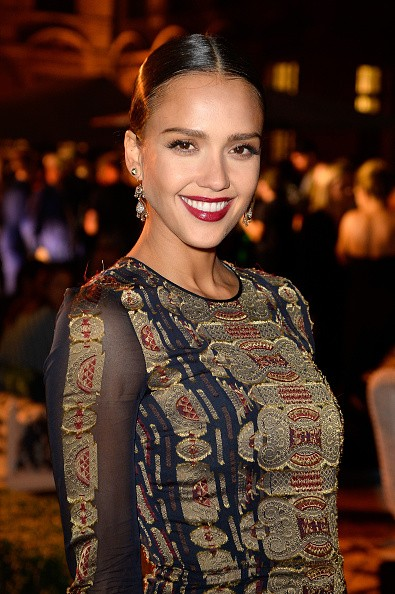 How Jessica Alba Reacted To Kylie Jenner's Bodyguards At NYFW Is Unbelievable!