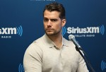 Henry Cavill shares details on how he did the underwater scene
