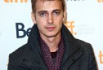 Hayden Christensen To Return In 'Star Wars' Episode 8 As Darth Vader? Did Rachel Bilson Hint The Comeback?