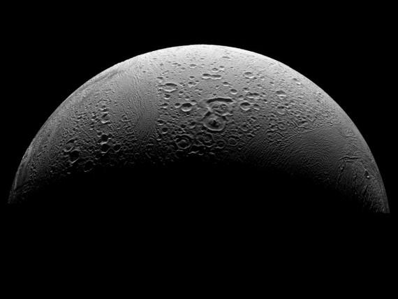 Ocean on Saturn Moon