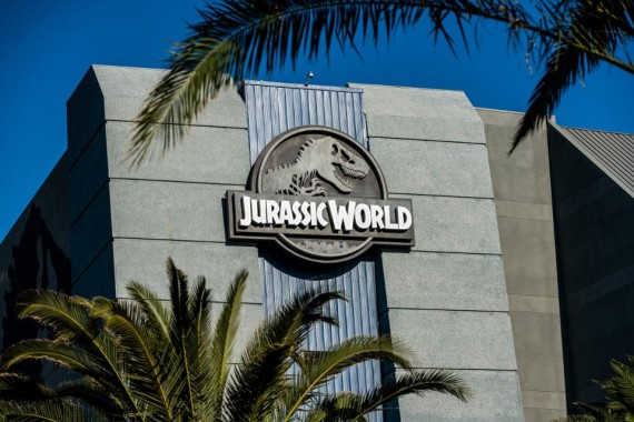 Multibillion-Dollar Franchise DNA At The Heart Of 'Jurassic World' Ride